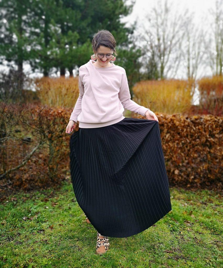 jupe plissée stragier sweat pull